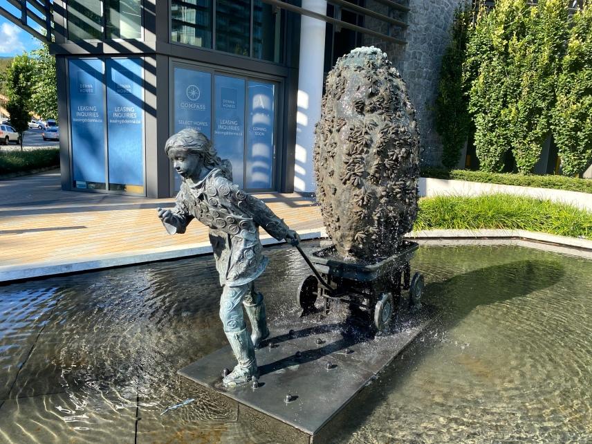 Seylynn Village Sculpture by Weppler, Rhonda and Mahovsky, Trevor.