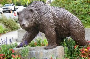 Grizzly by Clarke, Ken