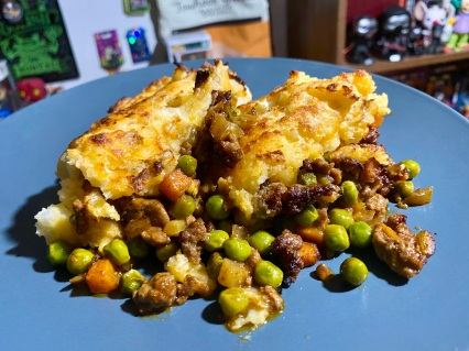 Easy Cottage Pie with Cheesy Mashed Potatoes